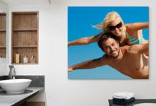 Badkamer foto op plexiglas met paar en blauwe hemel