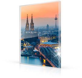 Foto op plexiglas met verlichte stad